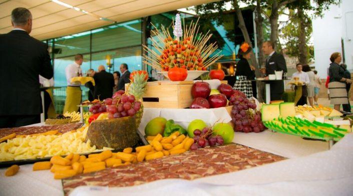 Buffet de quesos y chacinas ibéricas
