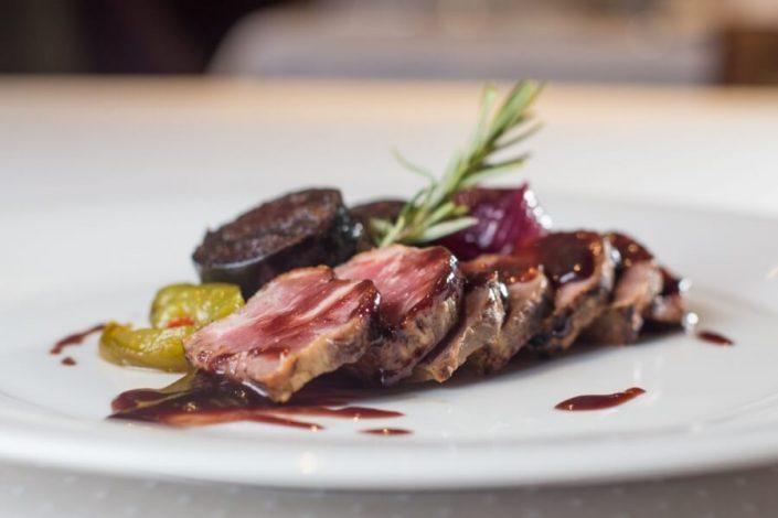 Carne elaborada en el restaurante Abades Ronda