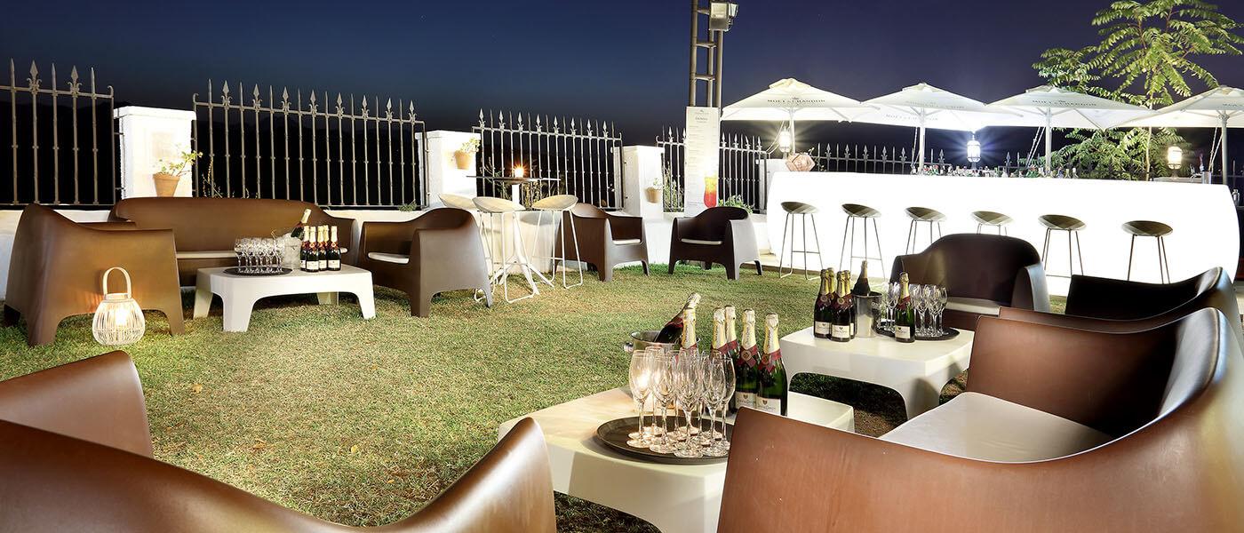 Montaje para fiesta en la terraza de Abades Ronda