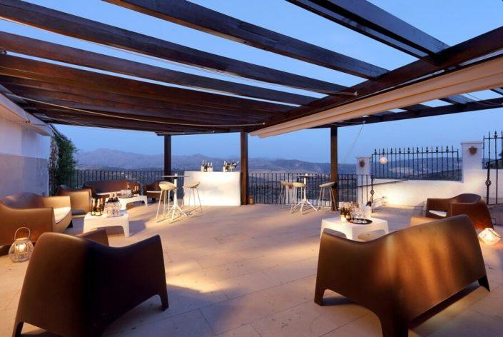 Montaje de terraza para evento musical